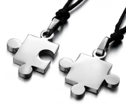 Necklace Puzzle Love